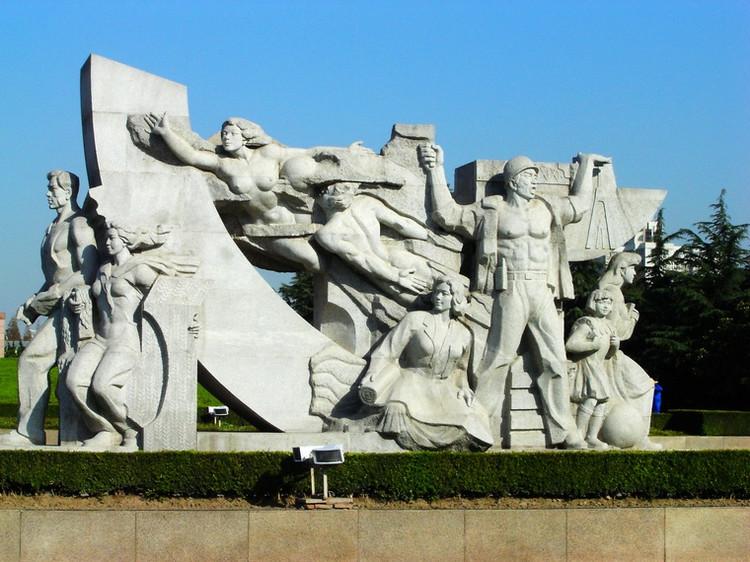 龙华烈士陵园-澳门雕塑简笔画