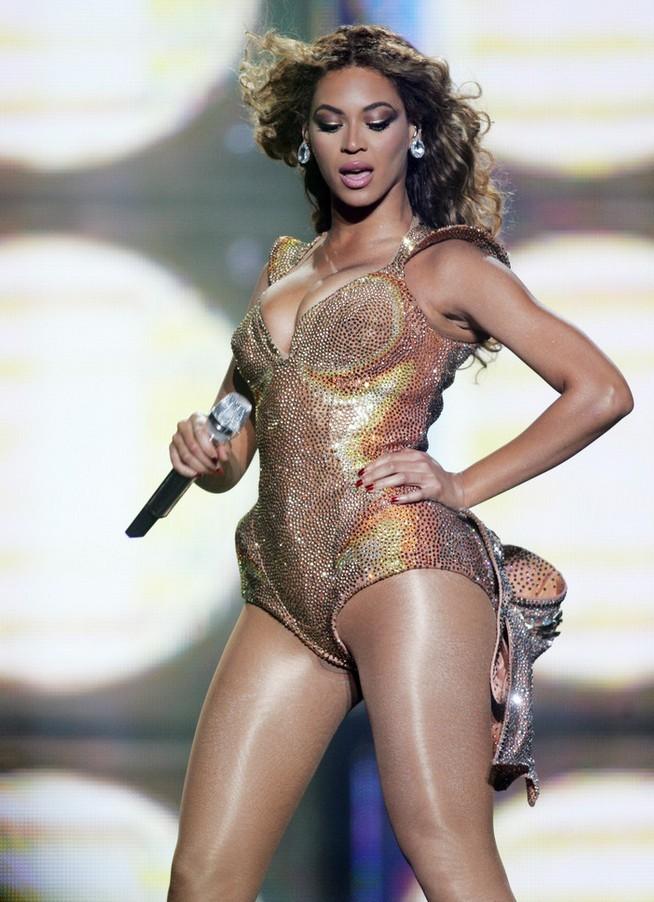 碧昂丝·吉赛�... Beyonce Knowles Halo