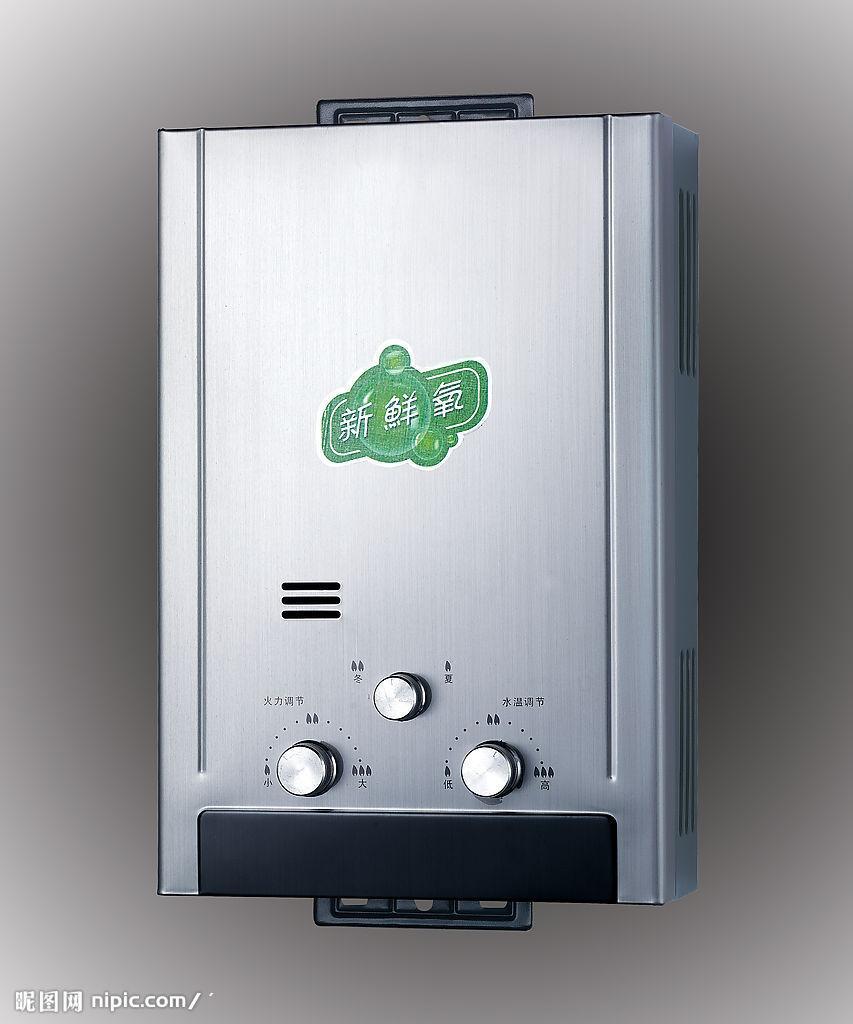热水器市场仍然以传统的电热水器和燃气热水器为主导,伴随着近几年房