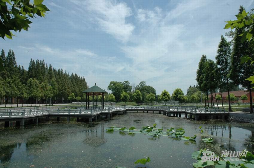 星湖风景区