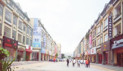 南康镇,营盘镇划归北海市铁山港区管辖.