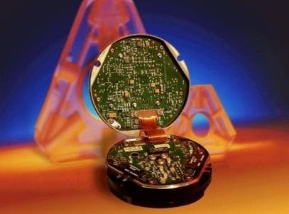 由于光纤陀螺仪具有结构紧凑,灵敏度高,工作可*等等优点,所以目前光纤
